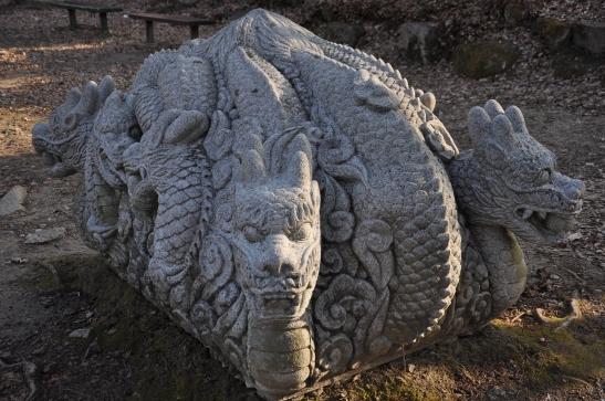 Geumsansa Dragon statue