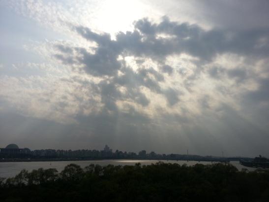 Yeoido & Han River with Beautiful Horizon - Photo 2
