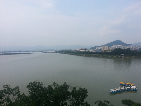 Chuncheon Lake day-view