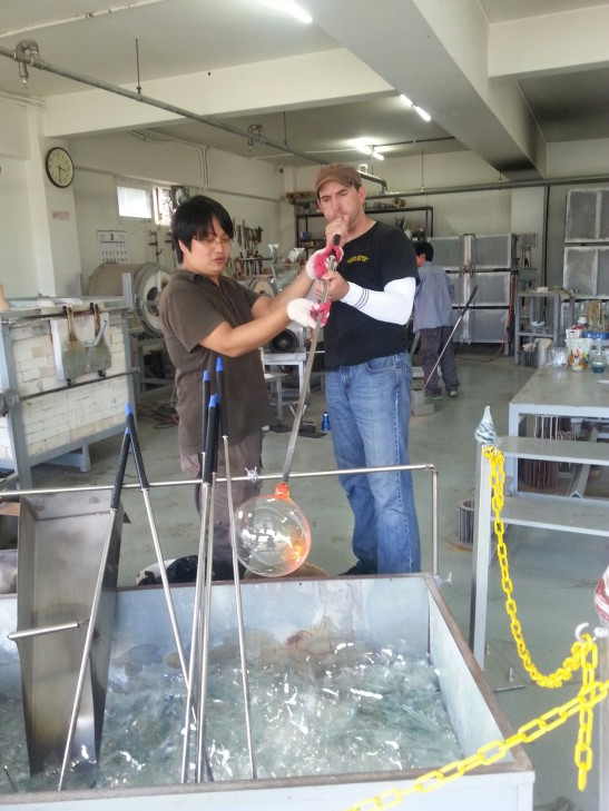 Glass blowing at the Glass Museum - Seogwipo
