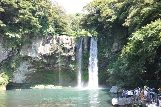 (37) Jeju Waterfall