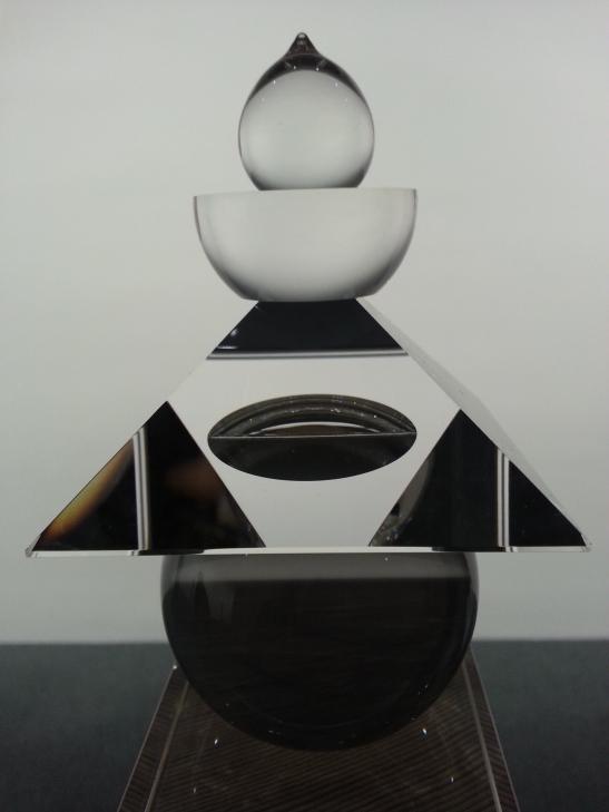 (7) Hiroshi Sugimoto glass prism